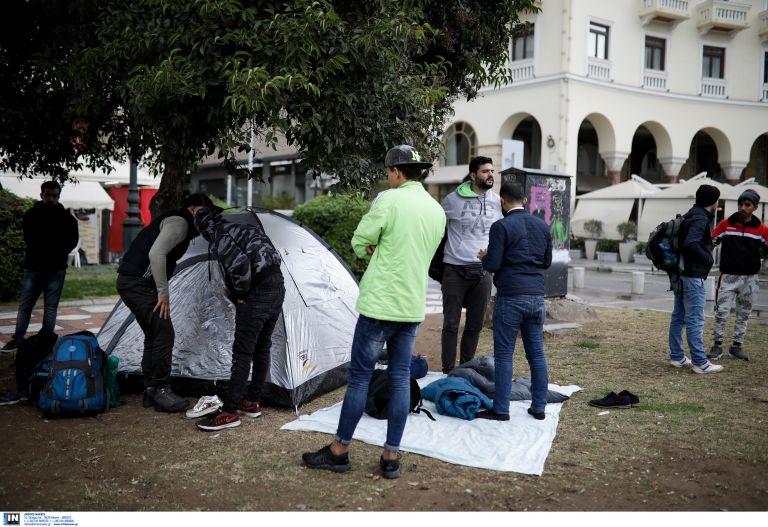 Θεσσαλονίκη: Πρόσφυγες αποφασισμένοι να φτάσουν στα σύνορα | tanea.gr