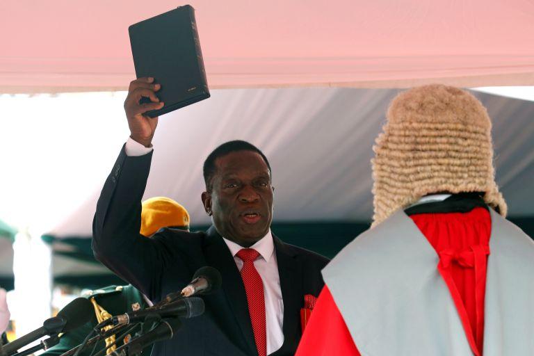 Ζιμπάμπουε: Ο Μνανγκάγκουα «ο Κροκόδειλος» ορκίσθηκε πρόεδρος | tanea.gr