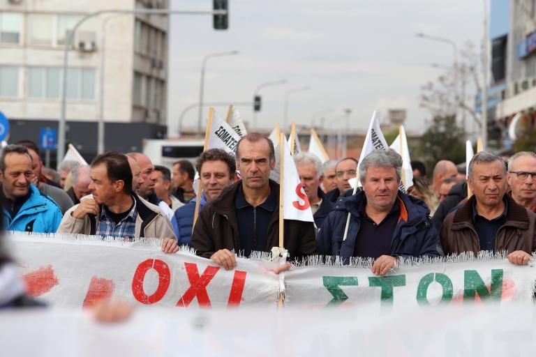 Εκταμίευση 2,6 εκατ. ευρώ για μισθοδοσία στην ΕΛΒΟ | tanea.gr
