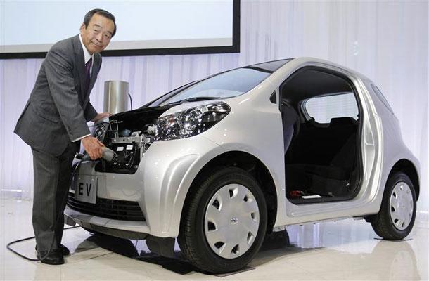 Η Toyota θα κυκλοφορήσει 10 μοντέλα, αμιγώς ηλεκτρικά μέχρι το 2020 | tanea.gr