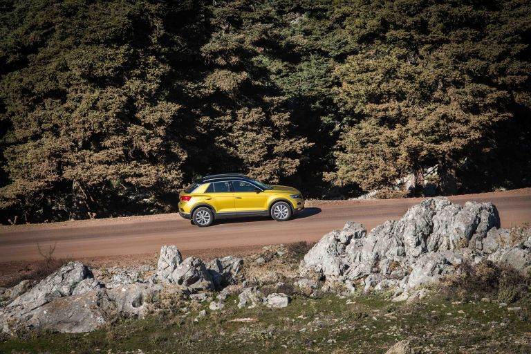 Οδηγούμε το νέο Volkswagen T-Roc | tanea.gr