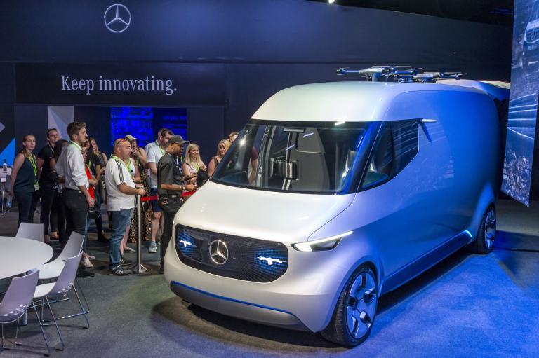 Mercedes-Benz: Με τρία ηλεκτρικά έως το 2020 | tanea.gr