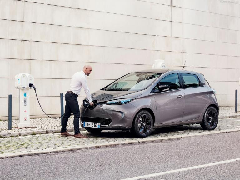 Renault: Πρώτη σε πωλήσεις στα ηλεκτρικά ΙΧ | tanea.gr