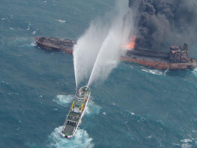 Κίνα: Συνεxείς προσπάθειες για διάσωση των ναυτικών του Sanchi | tanea.gr