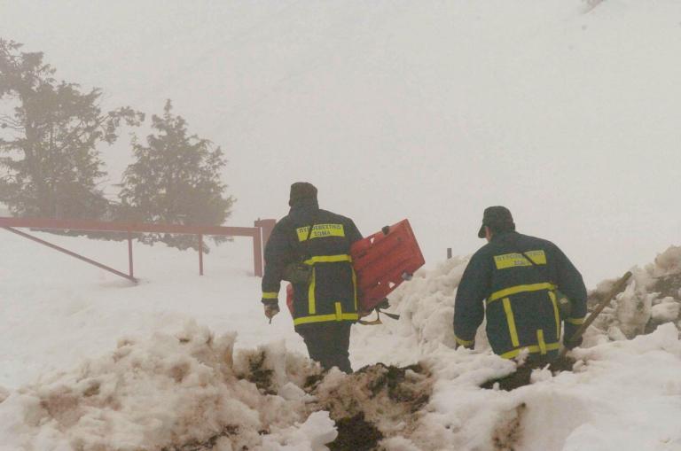 Τραγωδία στο Καϊμακτσαλάν: Νεκροί εντοπίστηκαν οι δύο ορειβάτες   tanea.gr