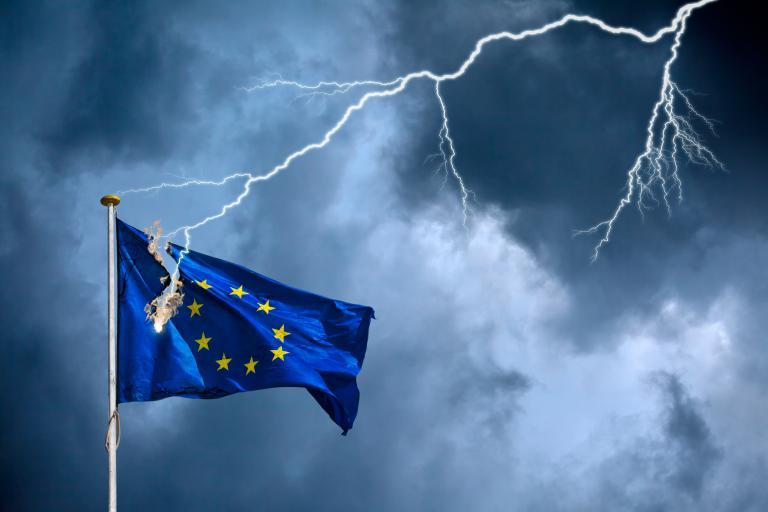 Γερμανικός τύπος: Οι Ελληνες παλεύουν και νικούν την κρίση   tanea.gr