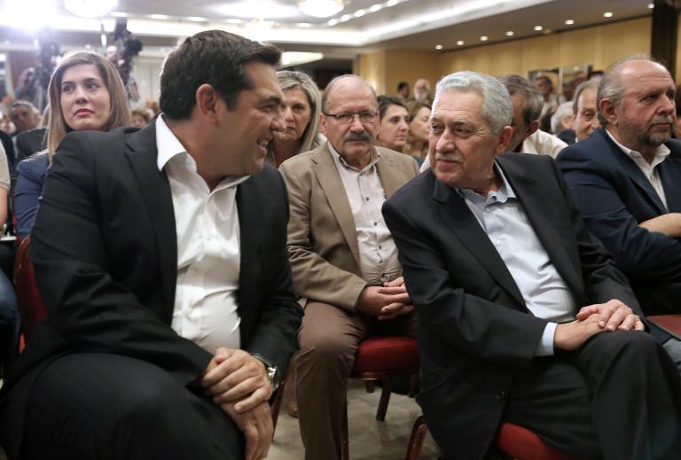 Χλευάζουν τα κόμματα της αντιπολίτευσης την υπουργοποίηση Κουβέλη | tanea.gr