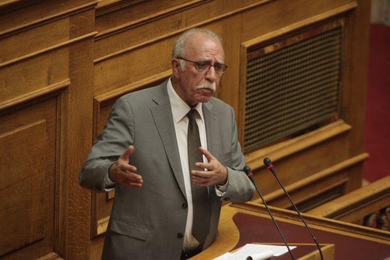 Βίτσας: Δε σηκώνουμε μύγα στο σπαθί μας για τα κυριαρχικά δικαιώματα | tanea.gr