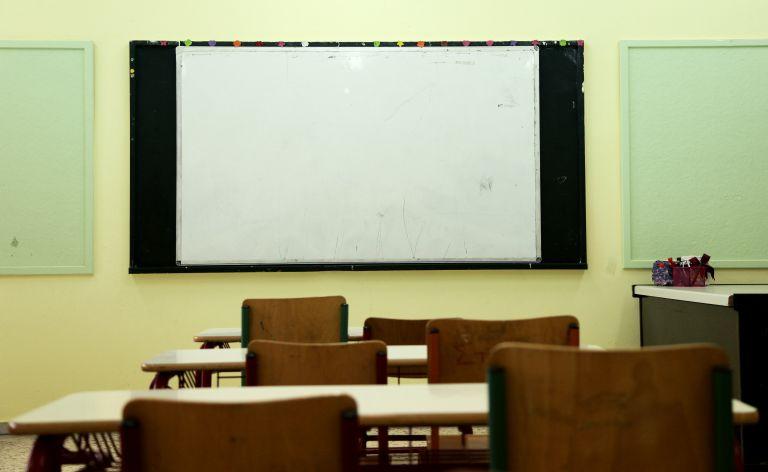 Σε 24ωρη απεργία προχωρούν οι σχολικές καθαρίστριες | tanea.gr