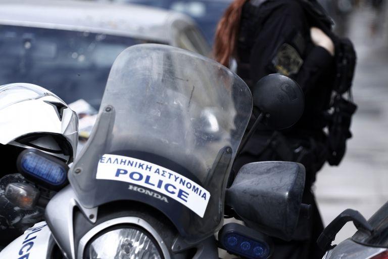 Συναγερμός στη Μυτιλήνη: Αυτοκίνητο με στρατιωτικές πινακίδες στα χέρια ΜΚΟ | tanea.gr