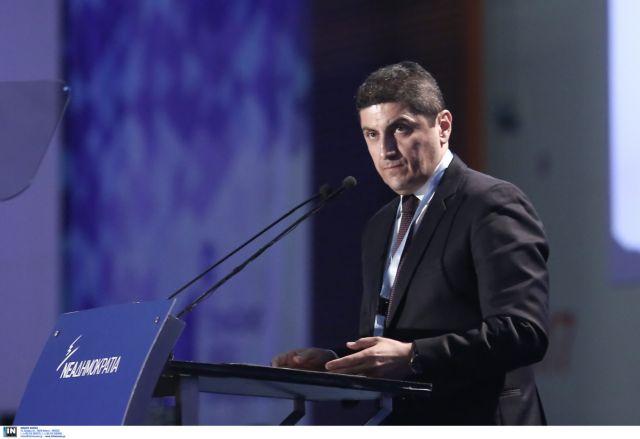 Αυγενάκης: Η κυβέρνηση συνεχίζει τη θεσμική κατρακύλα της | tanea.gr