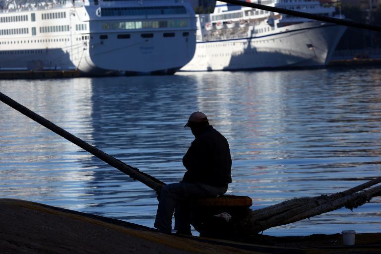 Aegean Marine Petroleum's buyout of HEC poses enormous questions | tanea.gr