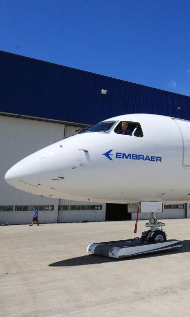 Αεροπλάνα με την Embraer θέλει να φτιάξει η Boeing | tanea.gr