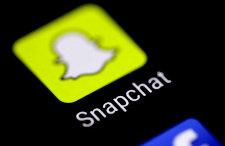 Το Facebook χάνει έδαφος από το Snapchat στους νέους | tanea.gr
