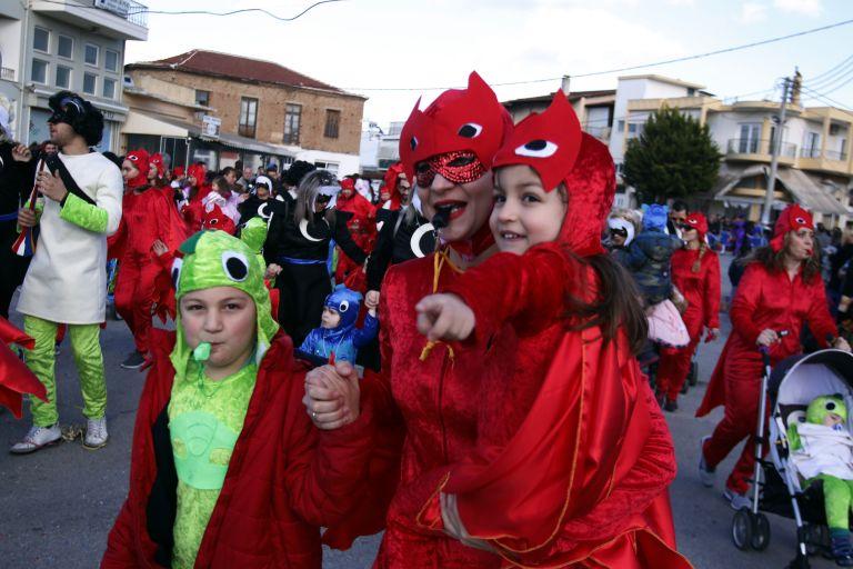 Κάθε πόλη και καρναβάλι στη Βόρεια Ελλάδα | tanea.gr