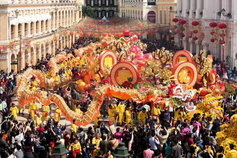 Θεαματικοί εορτασμοί από όλο τον κόσμο για την Κινεζική Πρωτοχρονιά | tanea.gr