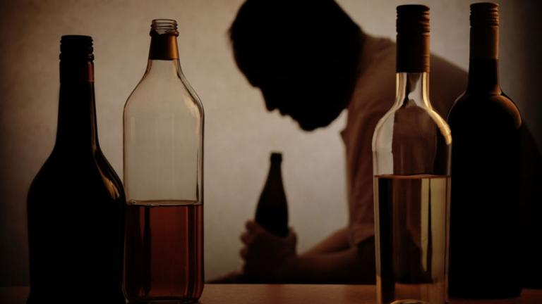 Με προβλήματα αλκοολισμού το 10% των Ελλήνων | tanea.gr