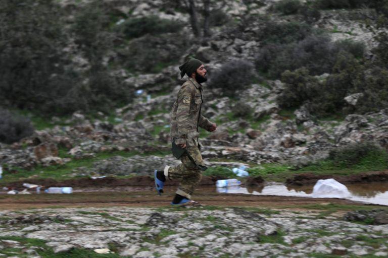 Κουρδικές δυνάμεις έπληξαν στρατιωτικούς στόχους σε τουρκικό έδαφος   tanea.gr