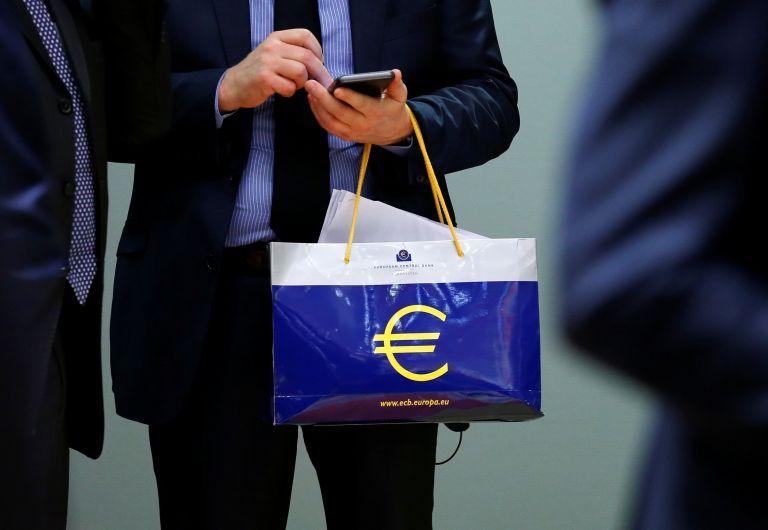 Κέρδη 154 εκατ. ευρώ η ΕΚΤ από ελληνικά ομόλογα   tanea.gr
