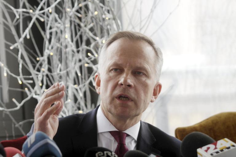 Λετονία: Σε αργία τέθηκε ο κεντρικός τραπεζίτης της χώρας | tanea.gr