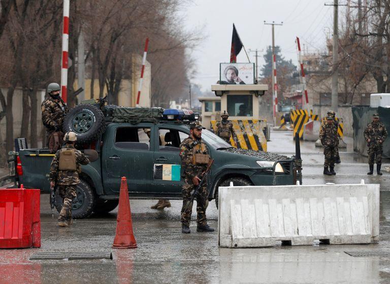 «Νομιμοποίηση» προσφέρει στους Ταλιμπάν ο αφγανός πρόεδρος | tanea.gr