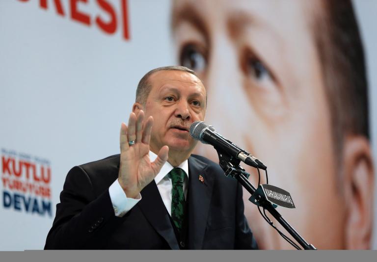Καντέρ: Φρικιαστικός ψυχοπαθής ο Ερντογάν | tanea.gr