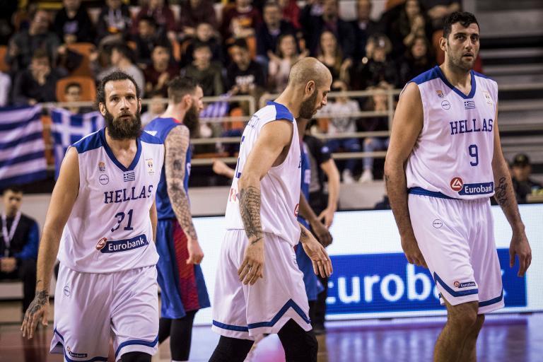Μπάσκετ: Ο Μπουρούσης «υπέγραψε» το 4Χ4 της Εθνικής   tanea.gr