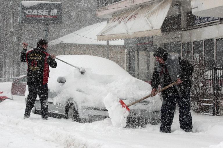 Υποχωρούν τα έντονα καιρικά φαινόμενα στη Β. Ελλάδα | tanea.gr