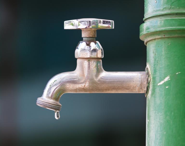Διακοπή νερού για 12 ώρες σε Αιγάλεω, Κορυδαλλό, Νίκαια, Αγία Βαρβάρα | tanea.gr