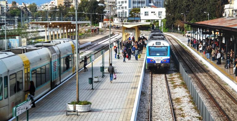 ΤΡΑΙΝΟΣΕ: Τροποποιούνται δρομολόγια εν όψει Πάσχα   tanea.gr