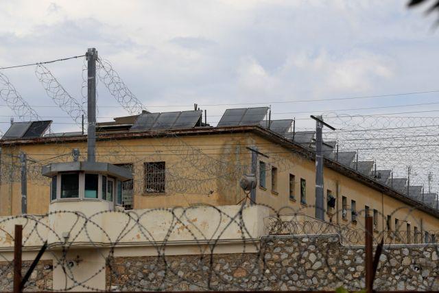 Φυλακές: Η βία αυξάνεται και το υπουργείο μοιράζει προφυλακτικά | tanea.gr