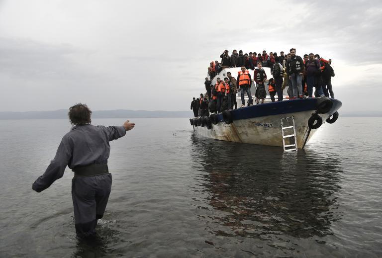 328 μετανάστες στη Λέσβο σε μία μέρα | tanea.gr