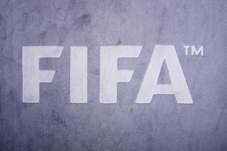 H FIFA ζητεί άμεσα μέτρα και προειδοποιεί με κυρώσεις | tanea.gr