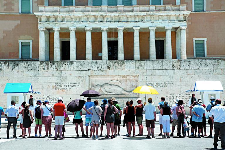 Πάνω από 4 εκατ. Γερμανοί τουρίστες φέτος στην Ελλάδα   tanea.gr
