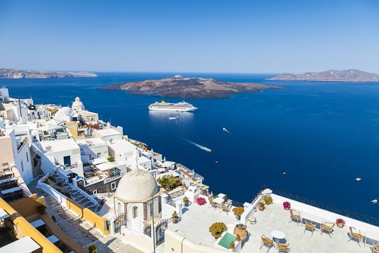 Σαντορίνη: Το νησί που δεν κοιμάται ποτέ   tanea.gr