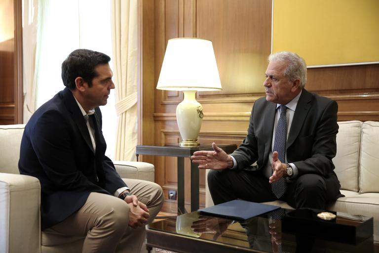 Αβραμόπουλος: Να εντατικοποιηθούν οι επιστροφές προς την Τουρκία   tanea.gr