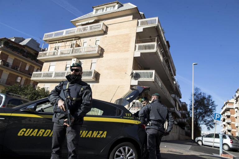 Συλλήψεις υπόπτων για τρομοκρατία στην Ιταλία | tanea.gr