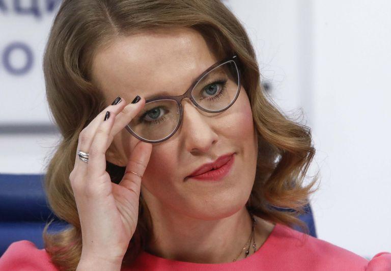 Επίθεση δέχθηκε στη Μόσχα η υποψήφια πρόεδρος Ξ. Σαμπτσάκ | tanea.gr