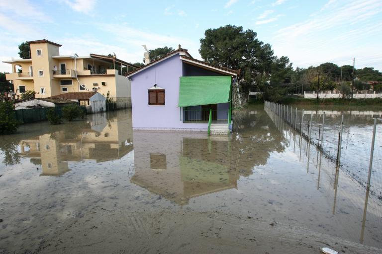 Σε κατάσταση έκτακτης ανάγκης δεκάδες οικισμοί της Ηλείας | tanea.gr