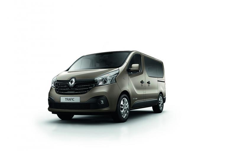 Διαθέσιμο το νέο 9θεσιο Renault Trafic   tanea.gr