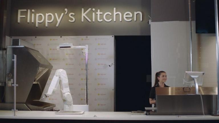 Ρομπότ ψήνει μπέργκερ σε φαστ-φουντ της Καλιφόρνιας (βίντεο) | tanea.gr