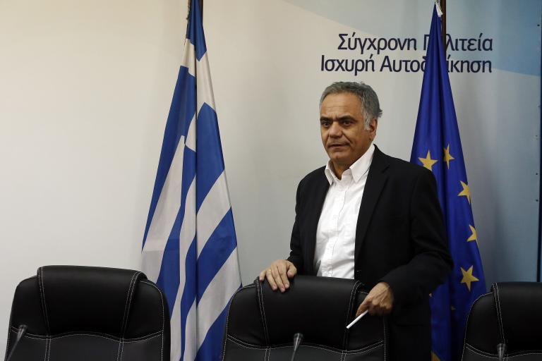 Σκουρλέτης: Προκλητικά απαράδεκτο το περίστροφο στον αγωνιστικό χώρο   tanea.gr