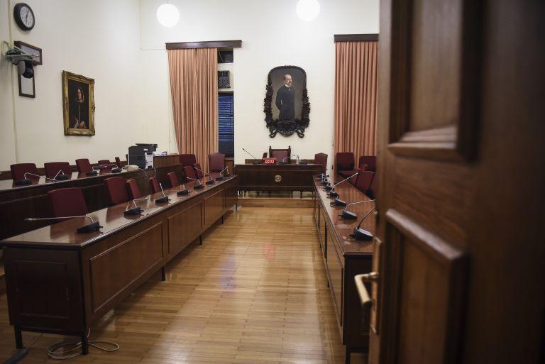 Στη Βουλή η δικογραφία για την αγορά εμβολίων επί Αβραμόπουλου | tanea.gr