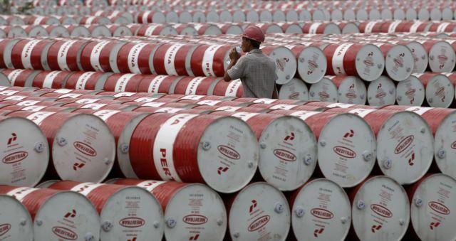 Η ανησυχία μεταδόθηκε και στις τιμές του πετρελαίου | tanea.gr