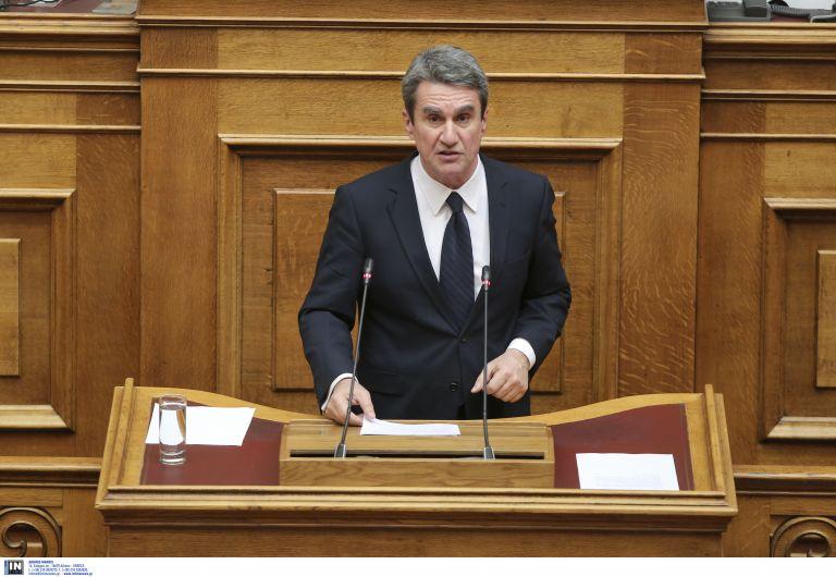 Λοβέρδος: Διχαστική κυβέρνηση με διχασμένη προσωπικότητα | tanea.gr