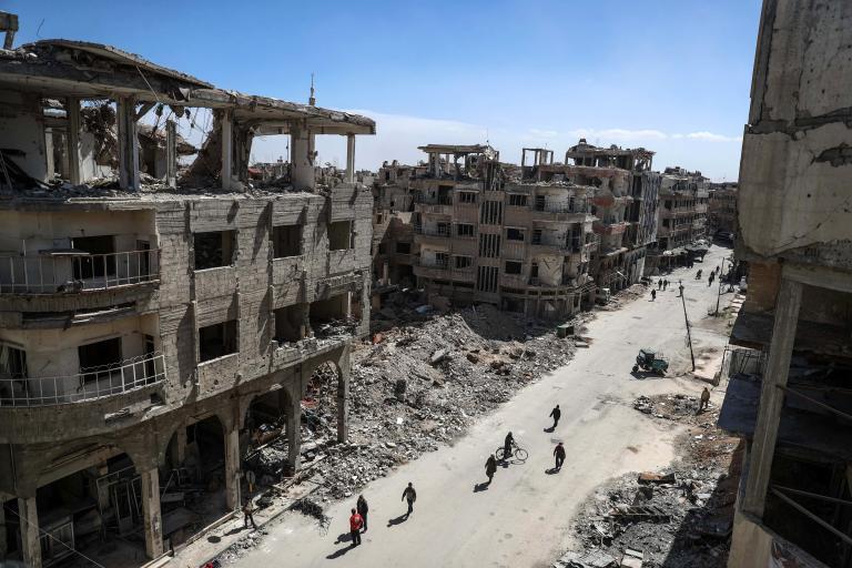 Γαλλία: Η Ρωσία μπορεί να σταματήσει το λουτρό αίματος στη Συρία | tanea.gr