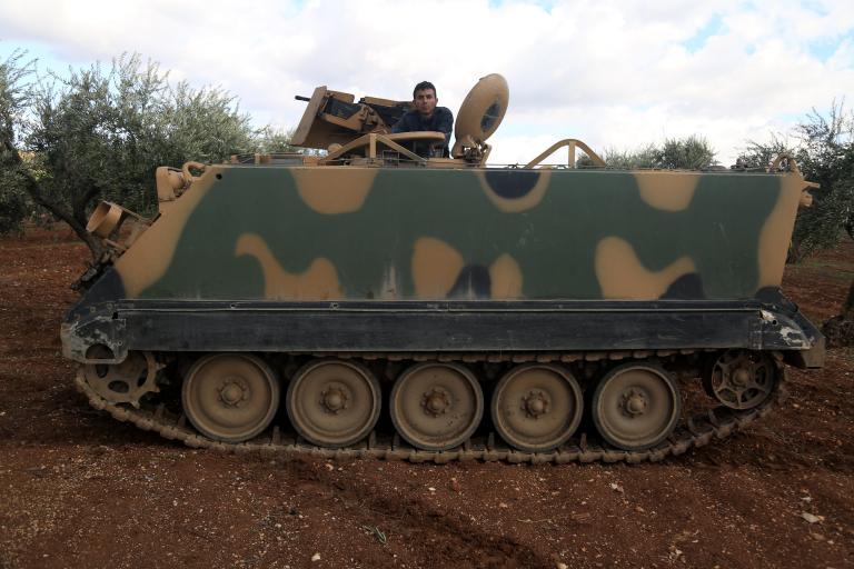 Σε απόσταση τεσσάρων χιλιομέτρων από την Αφρίν ο τουρκικός στρατός   tanea.gr