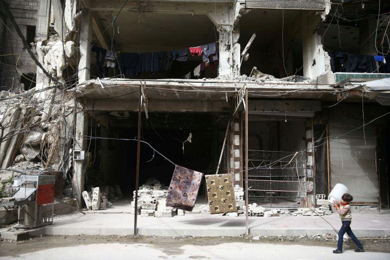 Συρία: Περισσότεροι από 350.000 νεκροί σε επτά χρόνια | tanea.gr