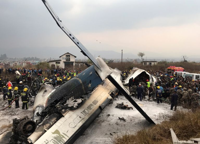 Νεπάλ: Τουλάχιστον 50 νεκροί στα συντρίμμια αεροπλάνου | tanea.gr
