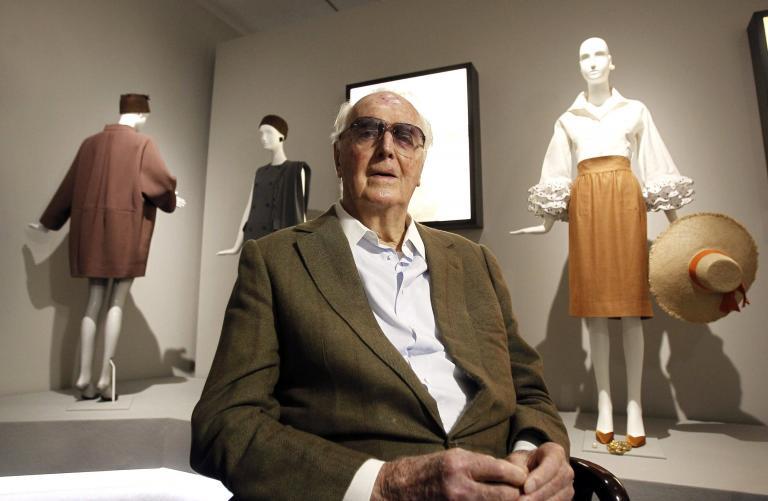 Εφυγε από τη ζωή ο κορυφαίος γάλλος σχεδιαστής Givenchy   tanea.gr